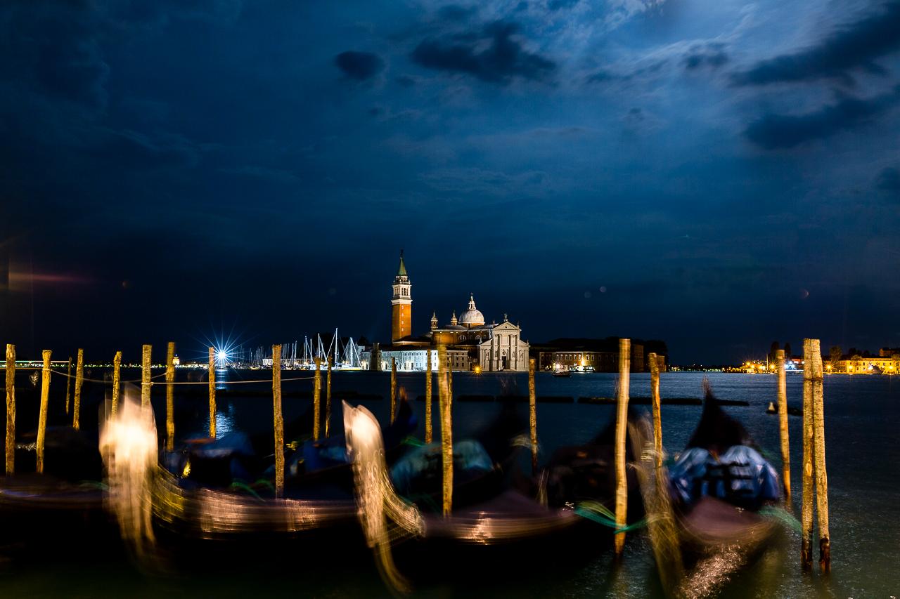 Bild: Venedig bei Nacht Norditalien Rundreise
