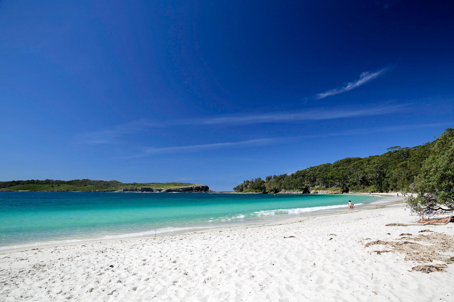 Bild: Sandstrand in der Bucht Jervis Bay in Australien