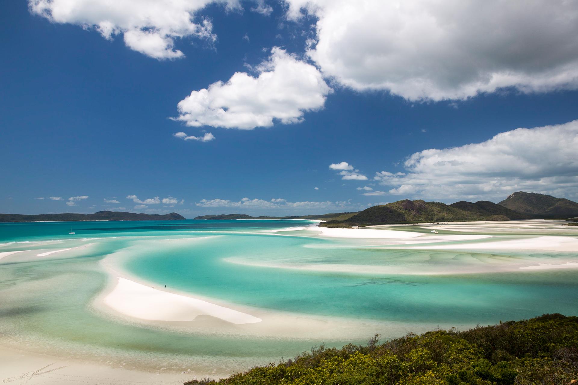 Bild: Ausblick auf den Whitehaven Beach - Traumstrand in Australien