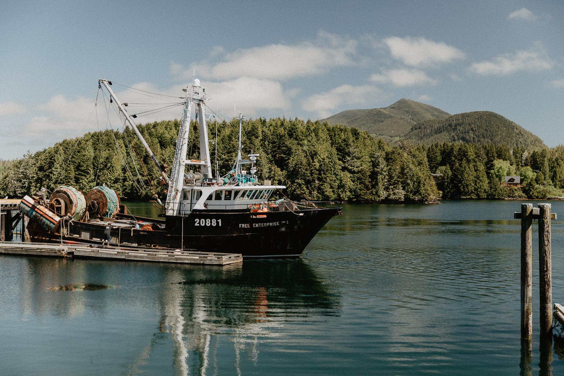 Hafen von Ucluelet auf Vancouver Island Kanada