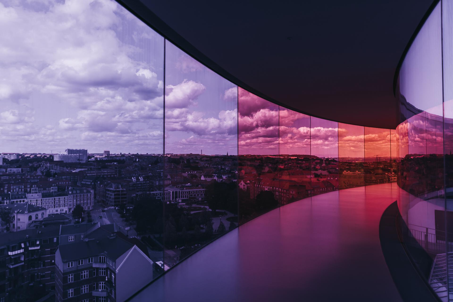 Sehenswürdigkeiten in Aarhus das Regenbogen Panorama auf dem Aros Kunstmuseum